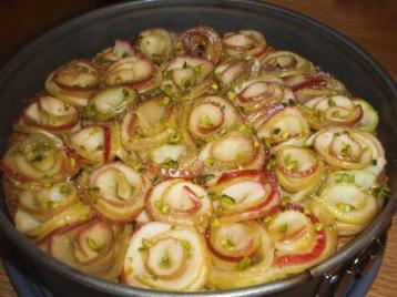 muerbteig-apfel-kuchen-mit-pistaziencreme-rezept-bild-nr-3