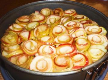 muerbteig-apfel-kuchen-mit-pistaziencreme-rezept-bild-nr-4