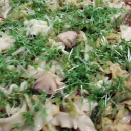Wirsing-Nudeln mit Pilzen und Speck